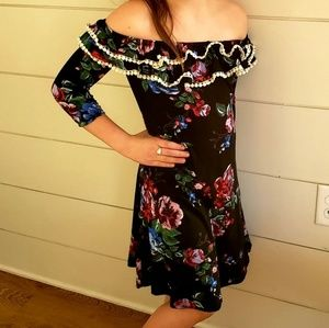 Other - Girls Floral Spring Dress off the shoulder 7/8